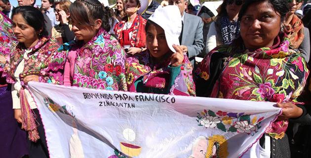 mulheres_indigenas_aguardam_chegada_do_papa_no_mexico_foto_ulises_ruiz_basurto_epa1490d1dc_base